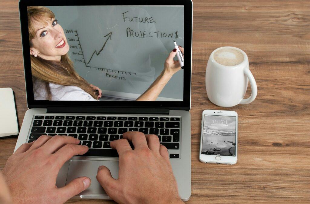 オンライン講義で学ぶビジネス